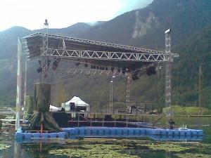 Public Viewing Schwimmplattform im Ötztal